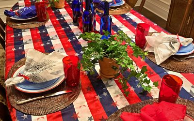How to Make a Fun Red, White, Blue Tablescape!