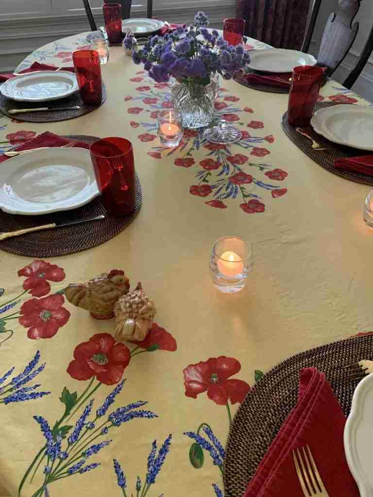 Gorgeous Summer Tablescape