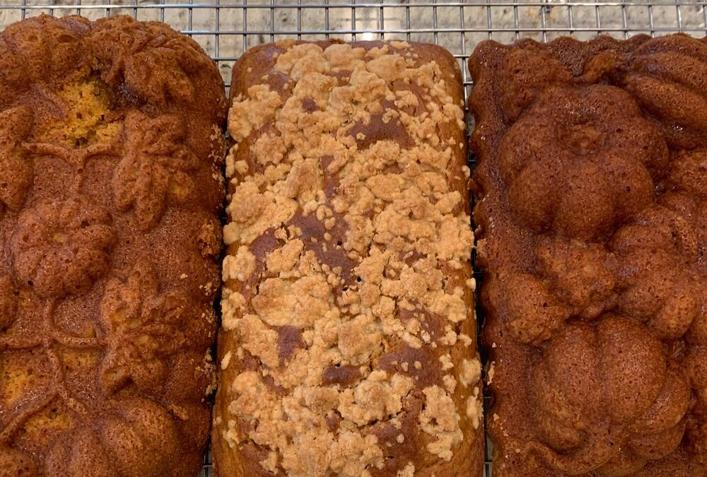 Delicious Pumpkin Bread with Streusel Topping!