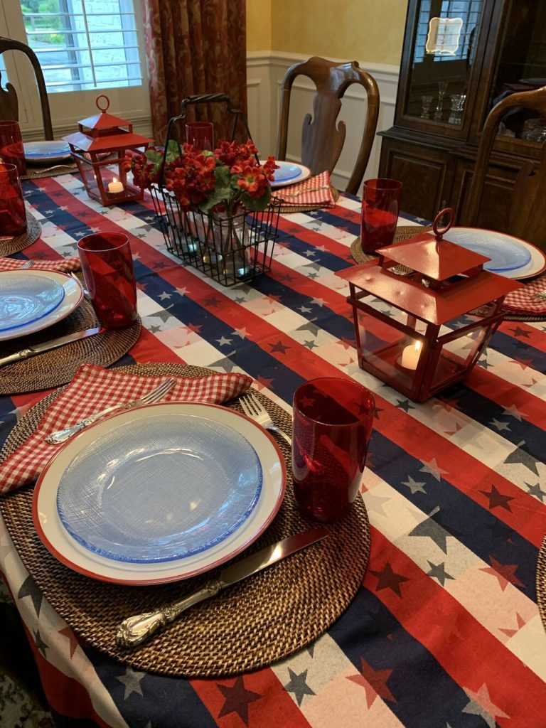 Fourth of July tablescape and decor